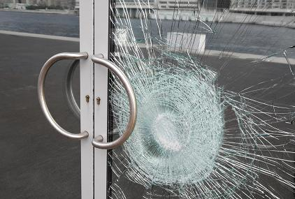 Our 24 hour emergency glass repair, replacement & board ups services for windows and doors are efficient & hassle free. We service storefront, retail stores, offices and commercial buildings from Vancouver, North Vancouver, West Vancouver, Downtown Vancouver, Yaletown, Kitsilano, Burnaby, Richmond, New Westminster, Surrey, Coquitlam, Port Coquitlam and Port Moody, Delta