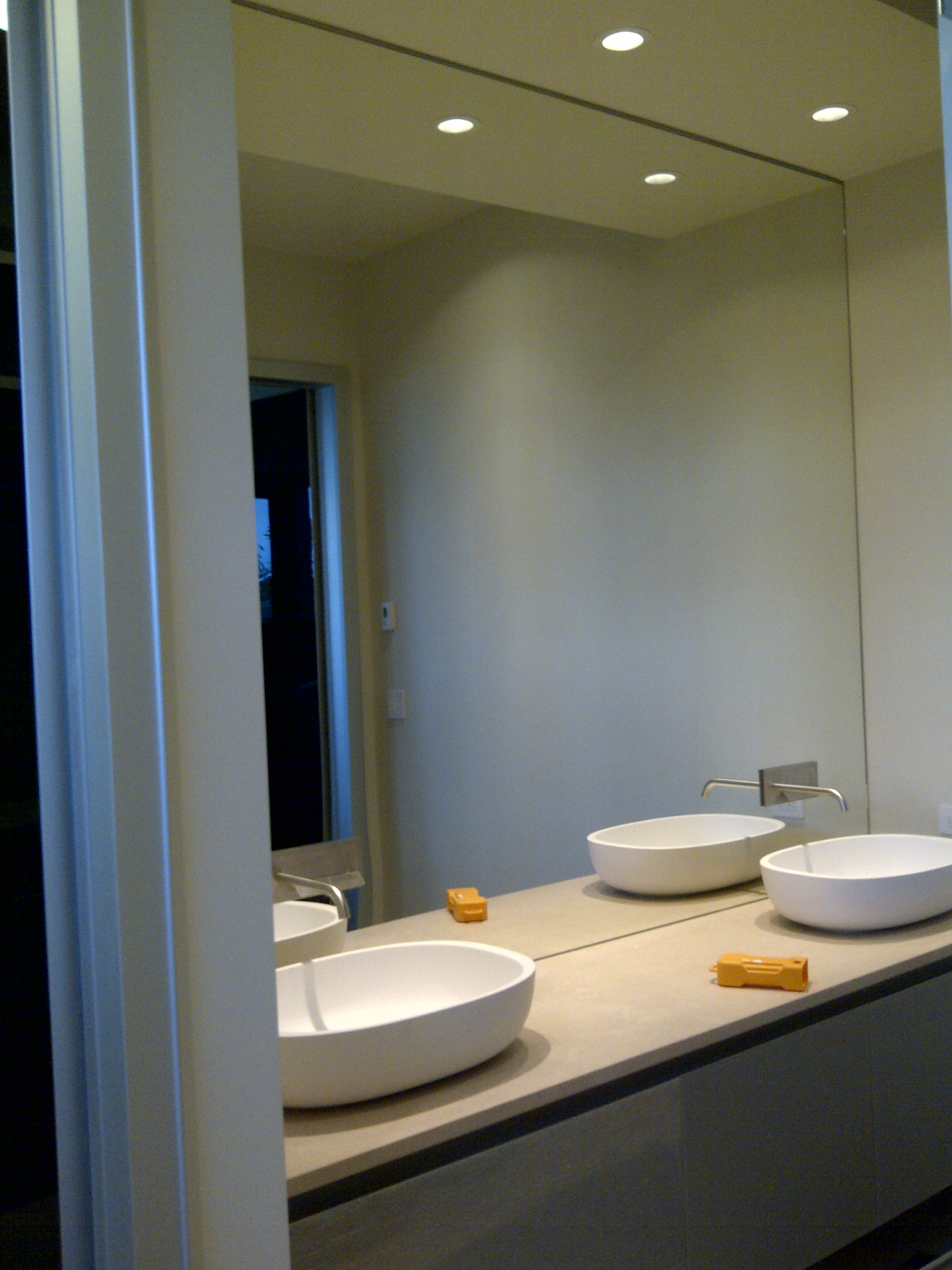 Mirrors repair replace and install in vancouver bc for Large mirrors for bathroom walls