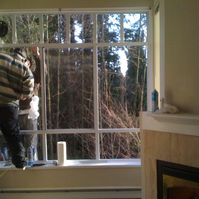 New replacement windows installed. This white aluminum replacement windows came with double pane glass and screens. Replacement windows North Vancouver.
