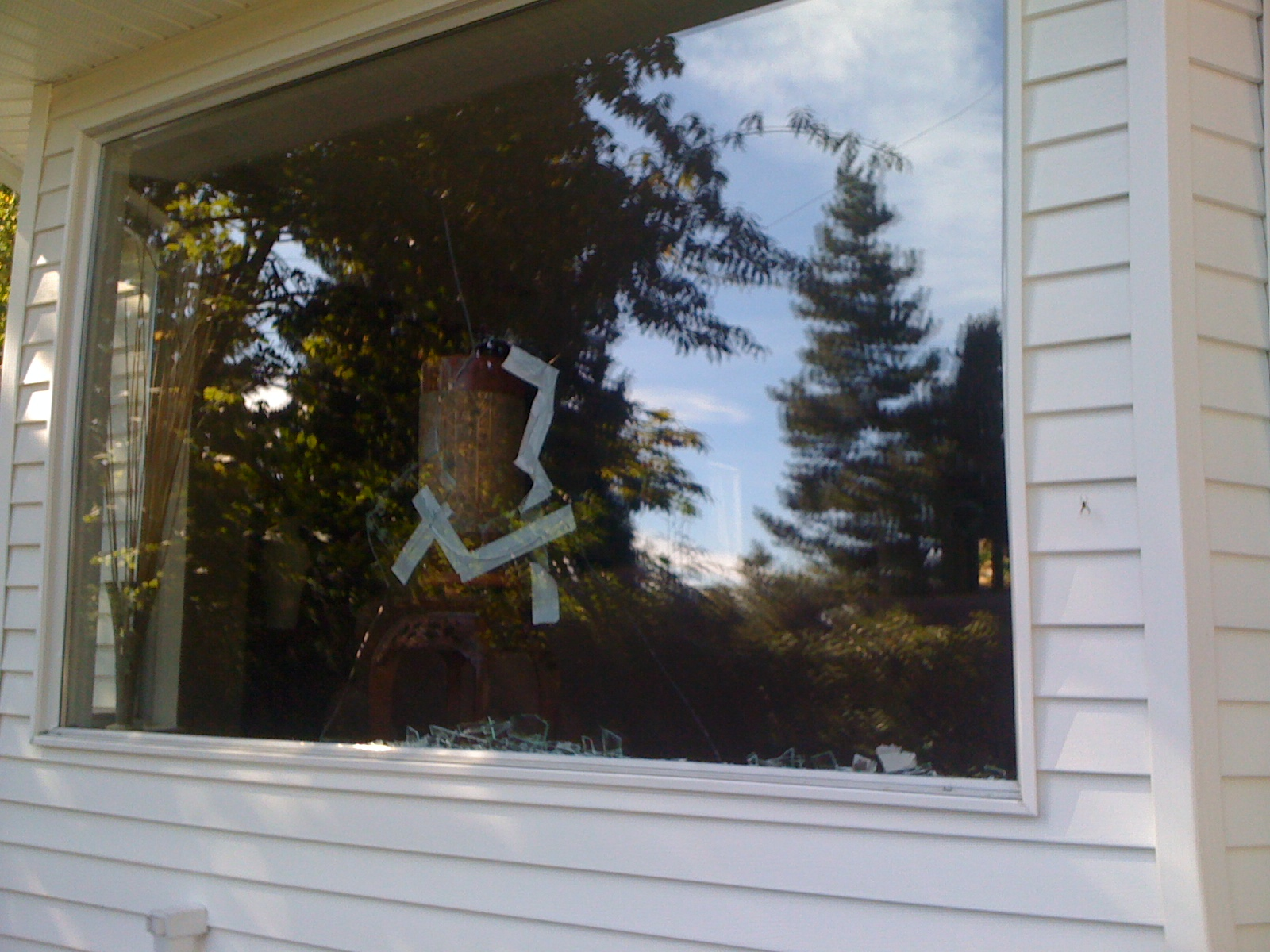 Glass windows repair replace and install in vancouver for Home window replacement