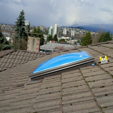 Replaced old bubble roof top skylight that was leaking in water with new bubble skylight. we've sealed and made it leak free. its in vancouver.