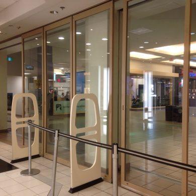 mall sliding aluminum door system burnaby