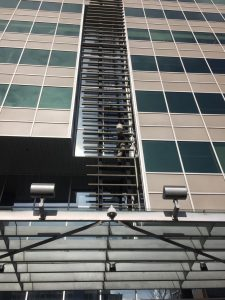 glass replacement on curtain wall frame