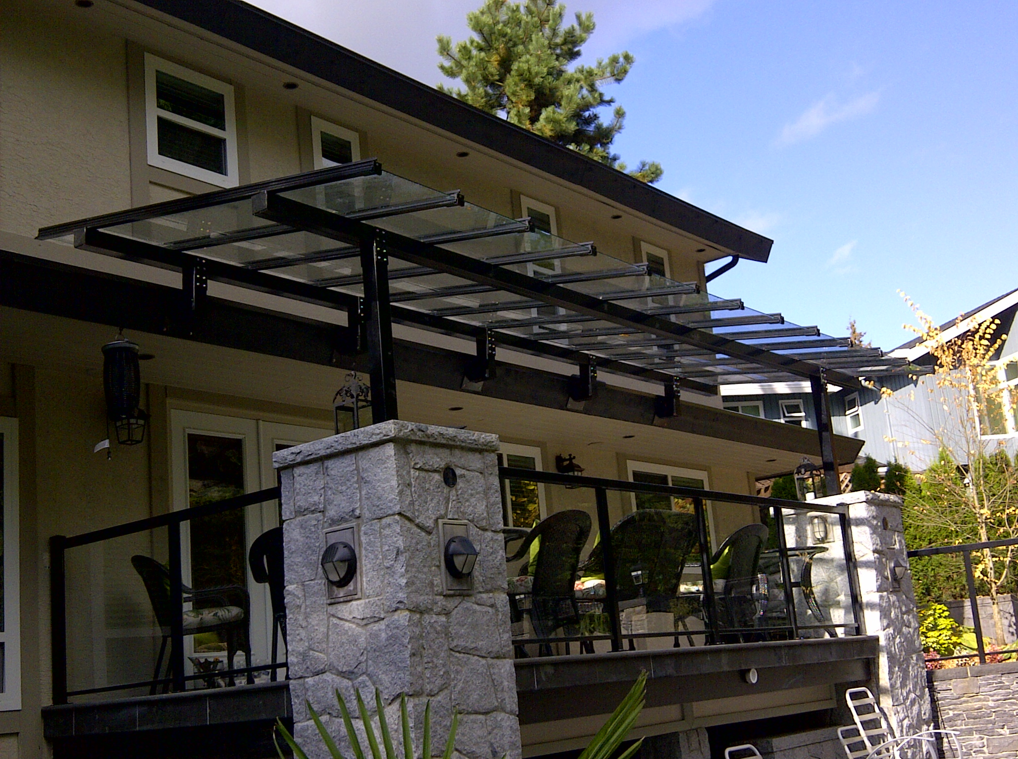 aluminum canopy system with safety glass