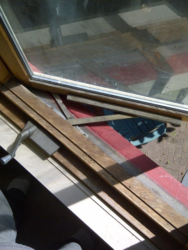 residential glass window repair
