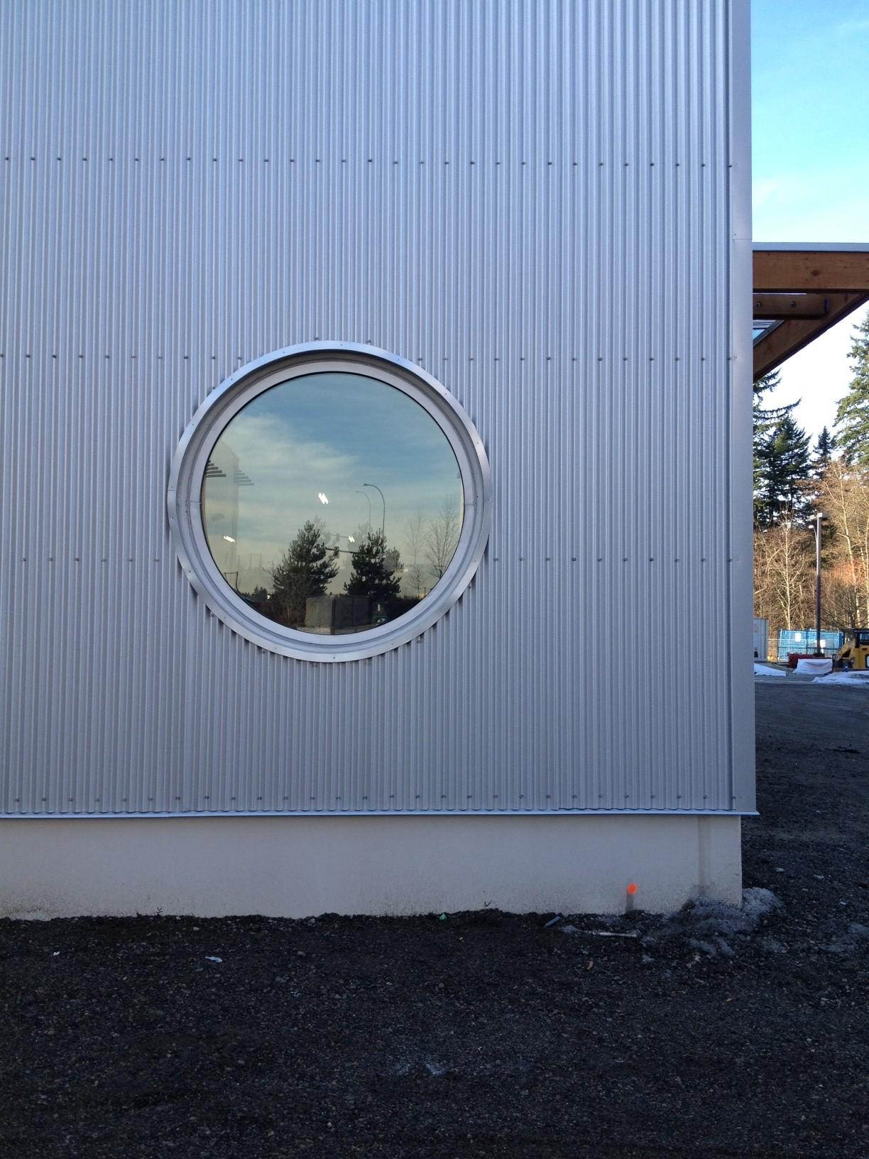 installed roud windows